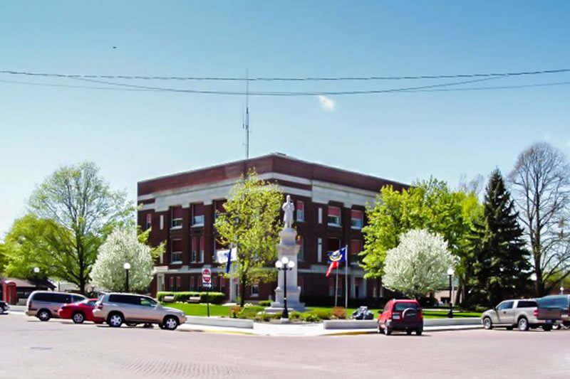 Beutiful Ringgold County Courthouse